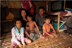 Thin Soklin and her husband Nob Nak, niece Rin Nary, son Thin Narin and nephew Rin Sony.